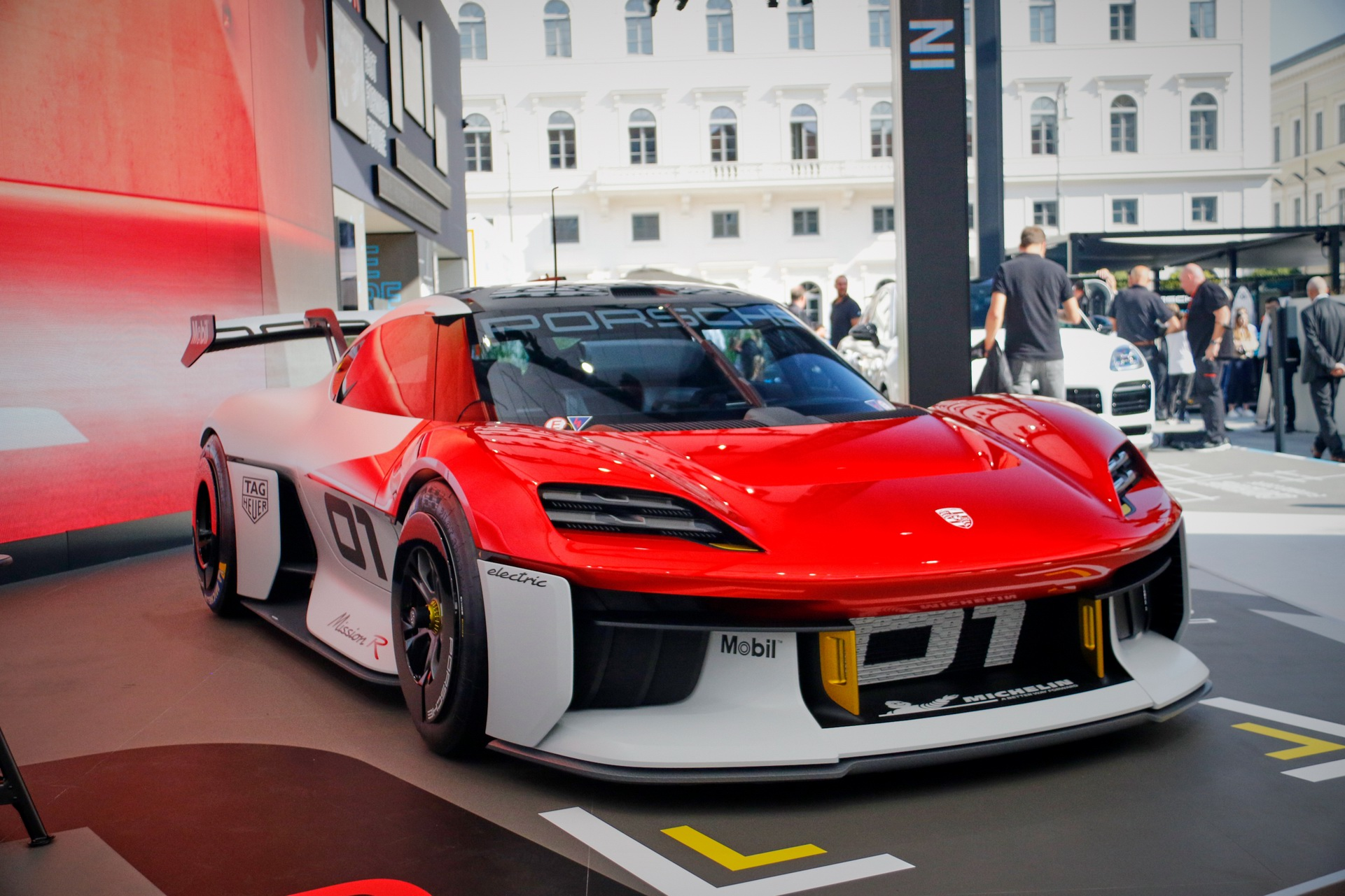 Porsche-Mission-R